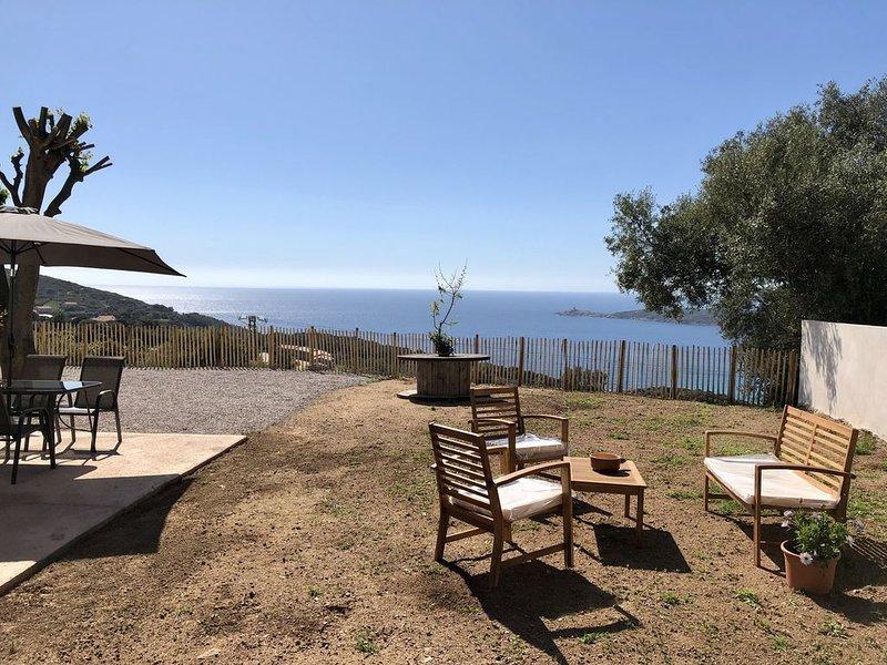 'Paomia' - Appartement neuf, climatisé, vue exceptionnelle, location de vacances à Cargese