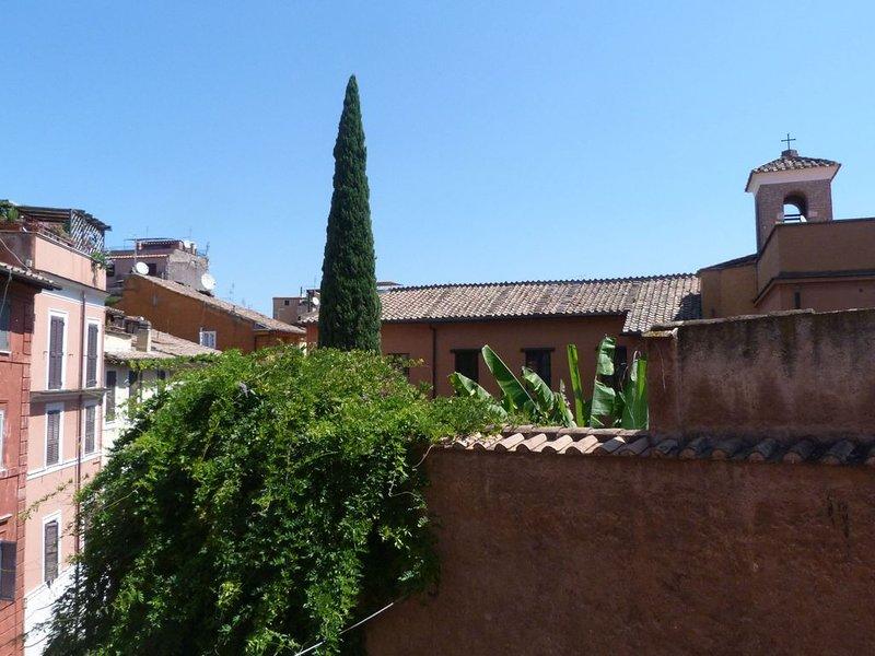Appartement Roma/Trastevere lumineux dans le coeur de la ville, holiday rental in Vatican City