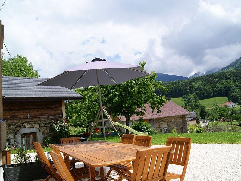 gîte des ERANIES, 120m2  8 personnes,grand Annecy, vacation rental in Bonneville