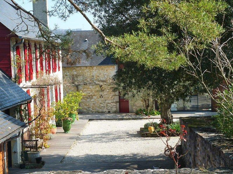 Béarnaise au carrefour des vallées d'Aspe et Ossau - Vue Pyrénées - 10 mn de Pau, casa vacanza a Herrere