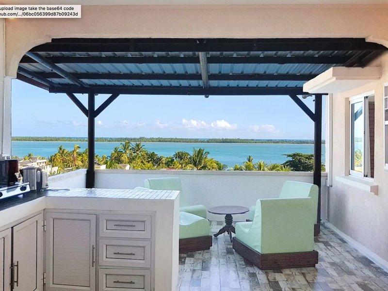 ❤ Apart privé - Vue mer 'WOW' - Proche du morne, sorties dauphins, kitesurf...., holiday rental in Bel Ombre