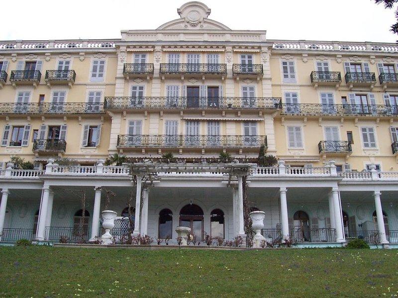 F2 dans résidence classé de 1 à 4 personnes, holiday rental in Mouxy