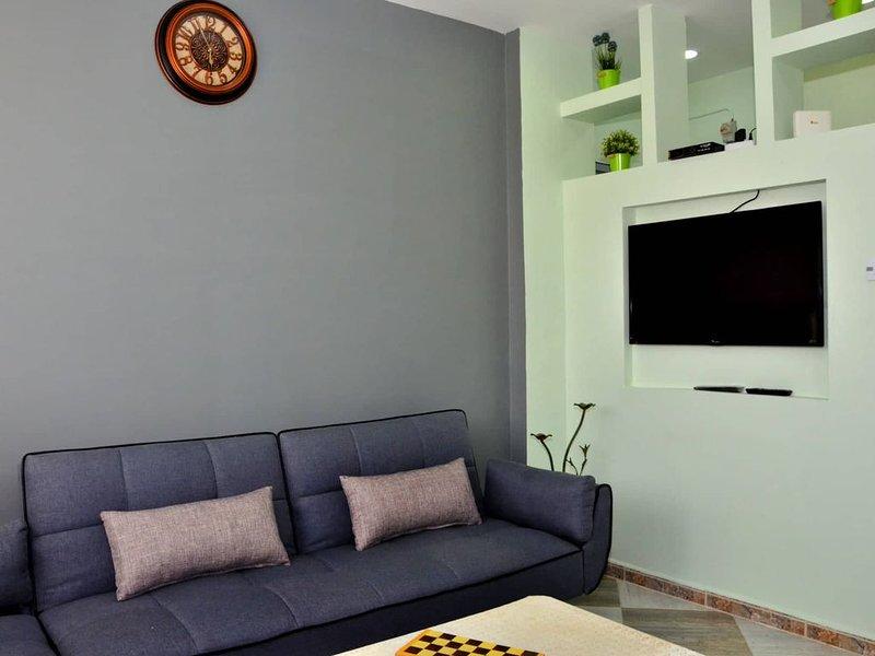 Appartement cosy entièrement équipé centre-ville, vacation rental in Tlemcen