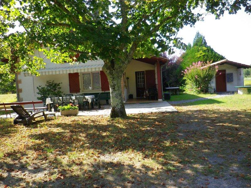 Vielle St Girons-LAC DE LEON-Maison l Airial De Cantabre-Bourg de    Vielle -, Ferienwohnung in Saint-Michel-Escalus