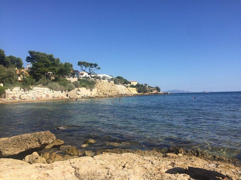 Beau T3, terrasse vue mer, proche plage, location de vacances à Sausset-les-Pins