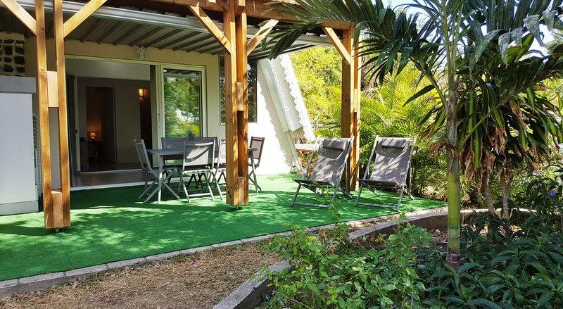 Appart VANILLE (T3)  en RDJ dans résidence avec jardin tropical proche du lagon, location de vacances à La Saline les Bains