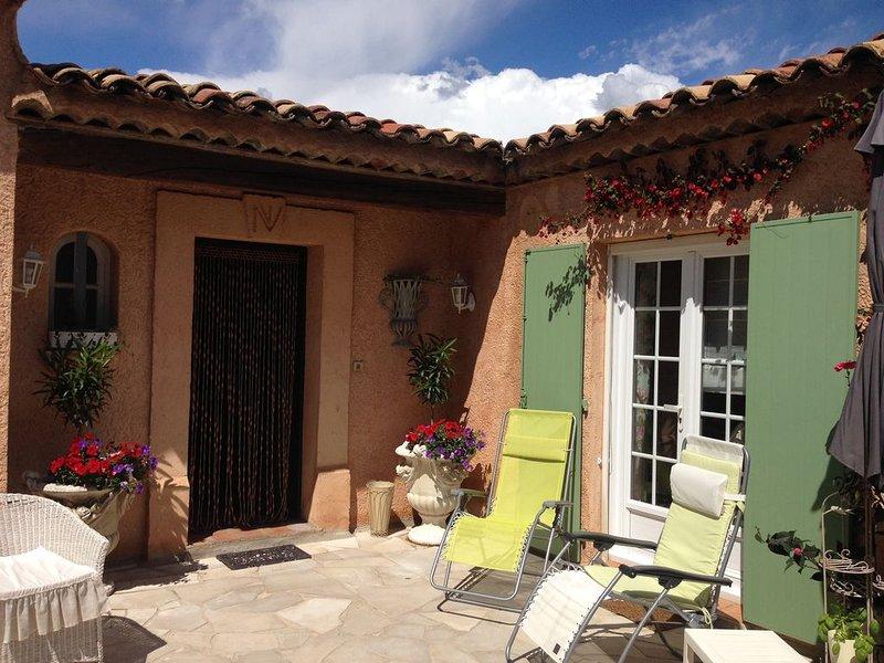 Magnolia's home, appartement F2 indépendant en rez de chaussée., Ferienwohnung in Ste-Maxime