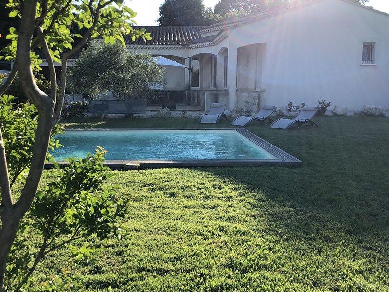 Location villa proche d Orange,Avignon,l'Isle sur la Sorgue, location de vacances à Châteauneuf-du-Pape