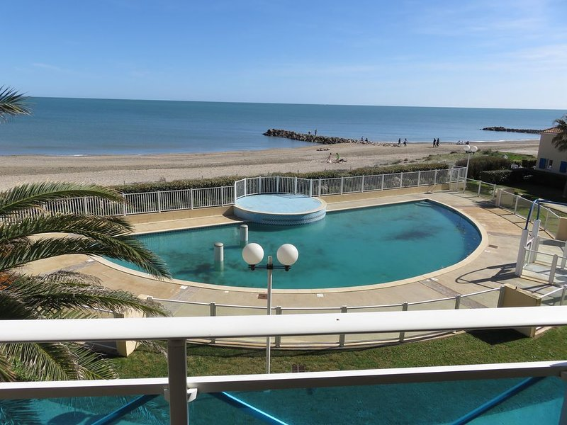Location appartement bord de mer frontignan plage, holiday rental in Mireval