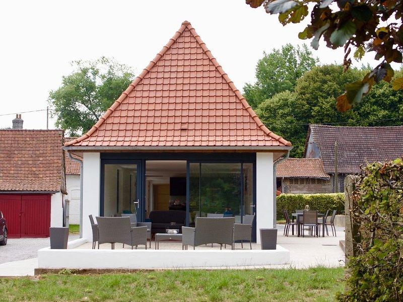 Dans les 7 vallées, Corps de ferme restaurée à Azincourt (62) 7 couchages, casa vacanza a Saint-Pol-sur-Ternoise