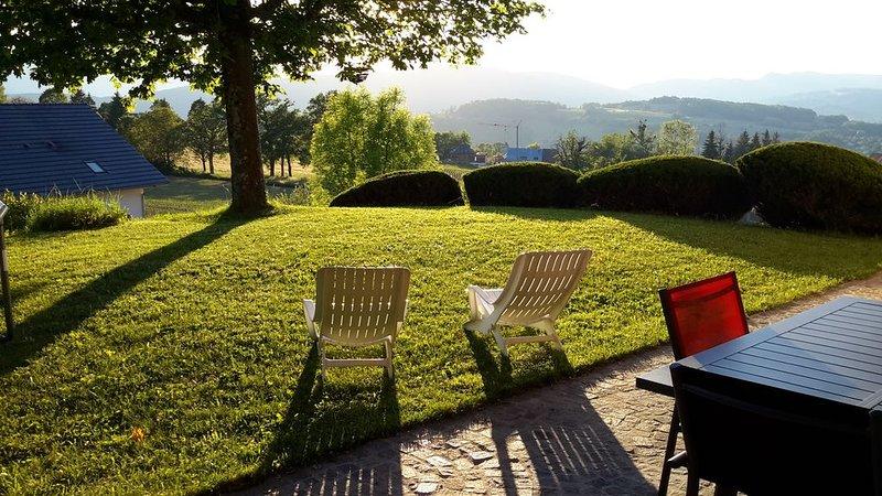 Maison calme à la campagne., casa vacanza a Montcel