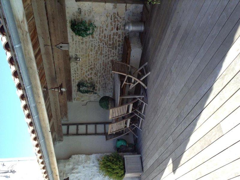 maison de charme style rétais ambiance vacances toute l'année, vacation rental in Nuaille d'Aunis