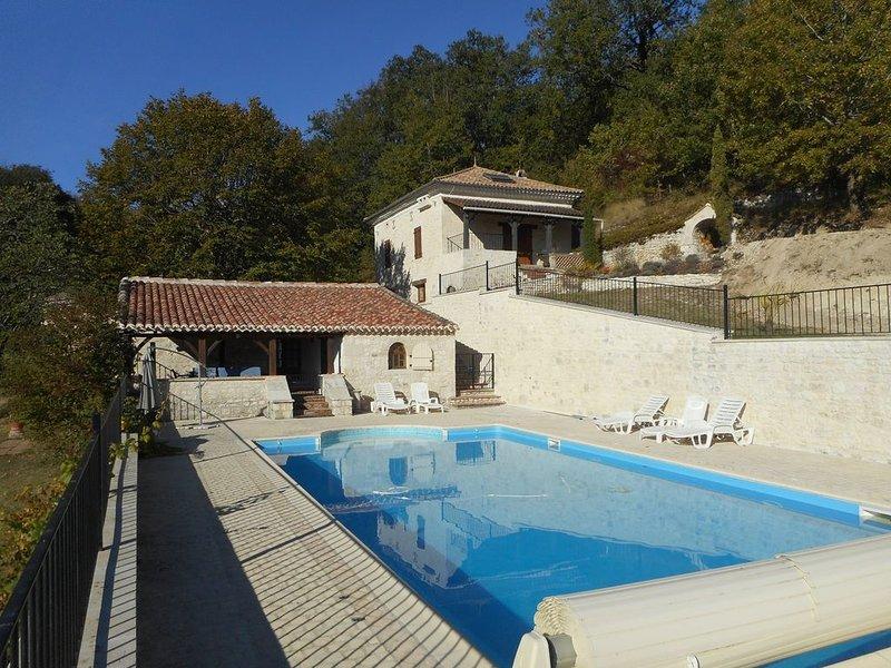 Maison de Campagne 6/8 Personnes, piscine privée et parc arboré, Ferienwohnung in Saint-Daunes