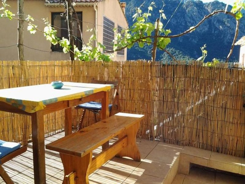 Casa Da Minana, maison de village de 105 m² à Ota - Porto (Corse du Sud), vacation rental in Piana