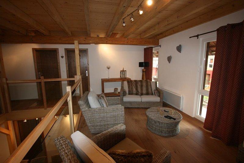 LES AUTHENTICS - L'ETABLE - Le Domaine d'Autrefois & Spa **** Duplex 6 Pers, holiday rental in Benfeld