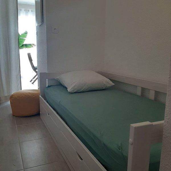 Studio RC  avec accès direct à la mer, face à l'îles d'Aix, Oléron  ., vacation rental in Chatelaillon-Plage