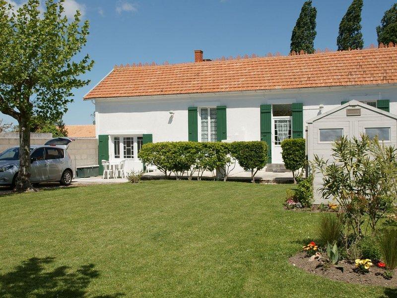 maison 4 personnes 2 chambres, casa vacanza a Le Chateau d'Oleron