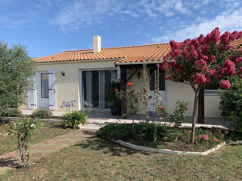 Maison aux portes de l'île d'Oléron, vakantiewoning in Marennes