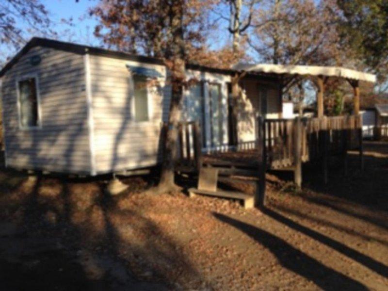 Loue Mobil Home dans camping 5 étoiles en Ardèche, holiday rental in Lagorce