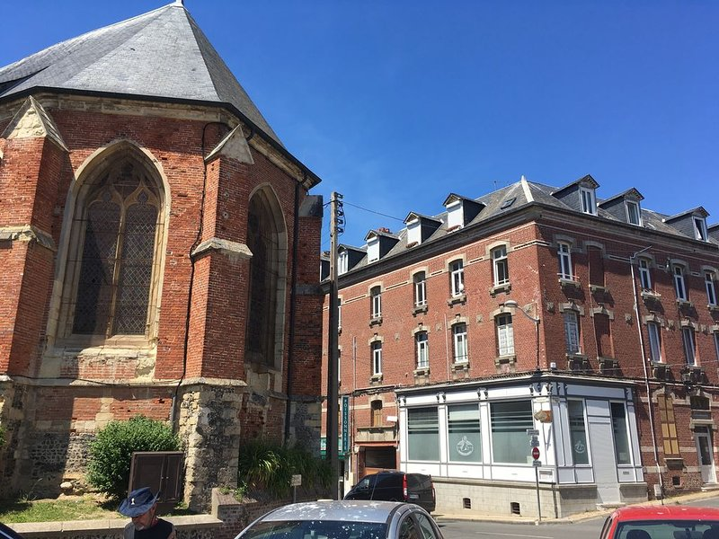 Studette a ault centre ville, holiday rental in Saint-Quentin-la-Motte-Croix-au-Bailly