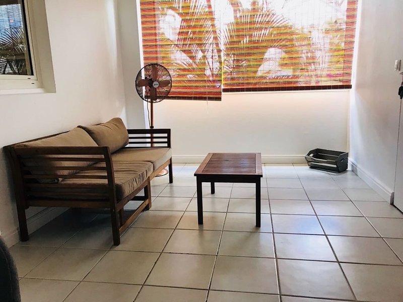 Agréable appartement meublé pour missions  et vacances à Moudong SUD, location de vacances à Baie-Mahault