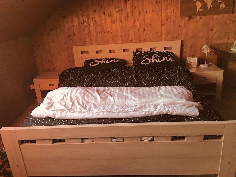 Camera con vista, belle chambre double à Uccle, location de vacances à Nivelles