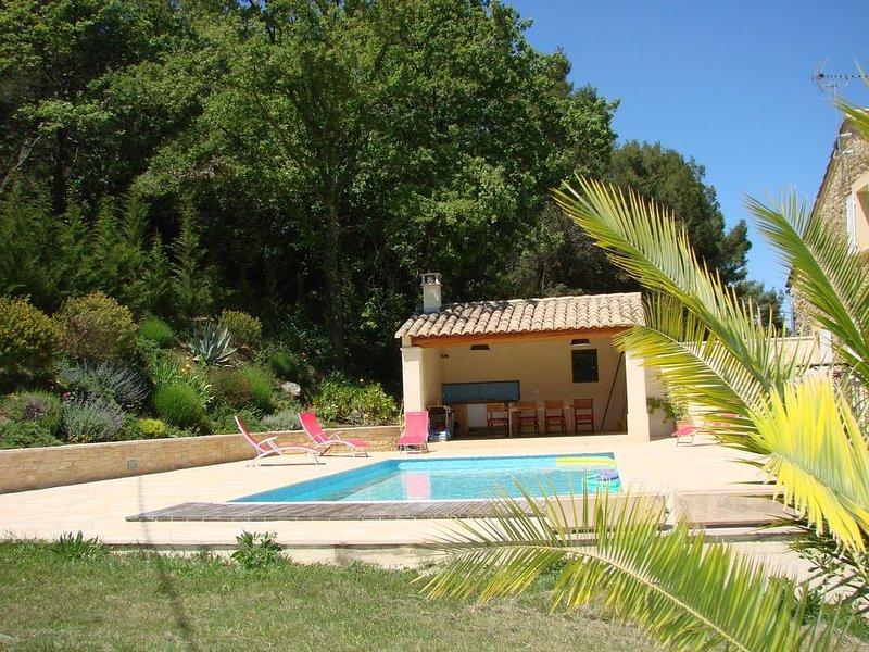 gite 8 personnes dans mas provencal, holiday rental in Venejan