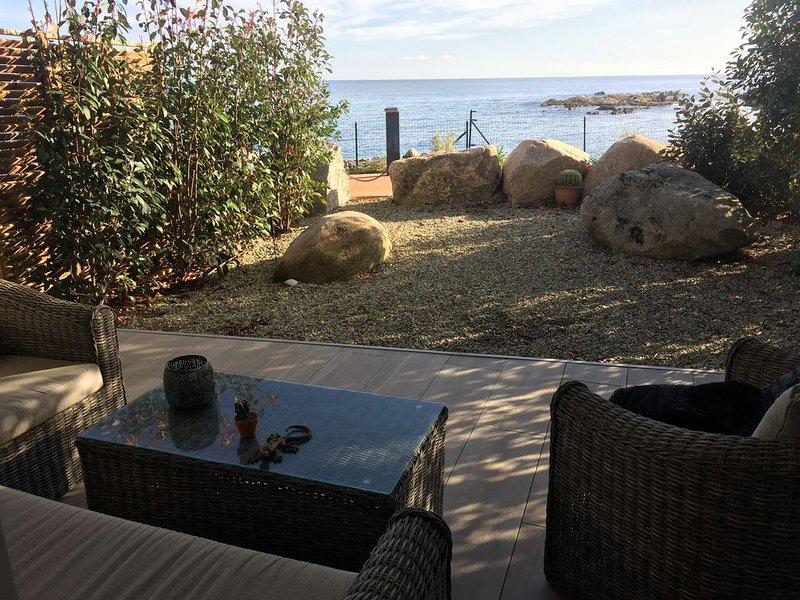 Appartement les pieds dans l'eau à Solenzara 4 étoiles «étoiles de France», alquiler vacacional en Solenzara