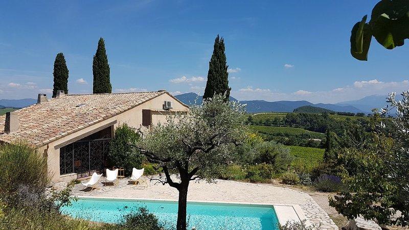 Mas Les Meylories en Drôme Provençale 4*, holiday rental in Vinsobres