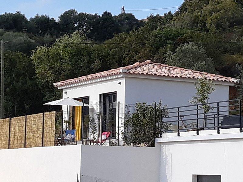 Mini villa individuelle à 10 minutes d'Ajaccio, location de vacances à Alata