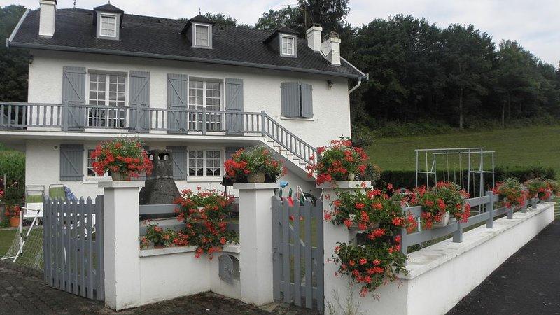 A louer gîte au Pays basque, vacation rental in Mauleon-Licharre