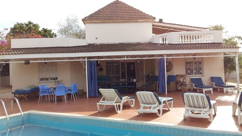 Chambres d''hôtes Chez Huguette, location de vacances à Popenguine