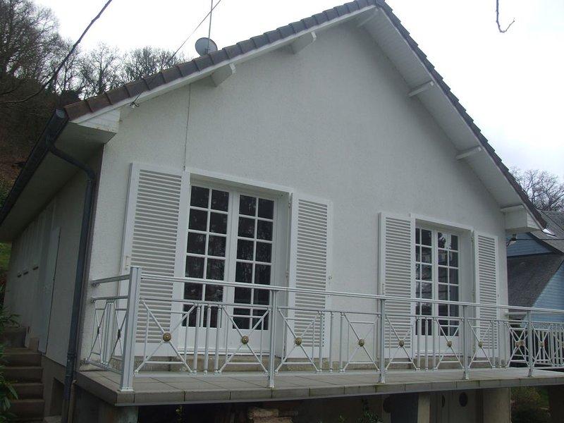 Maison dans station baléaire à 900 m. de la plage et des commerces, holiday rental in Champeaux