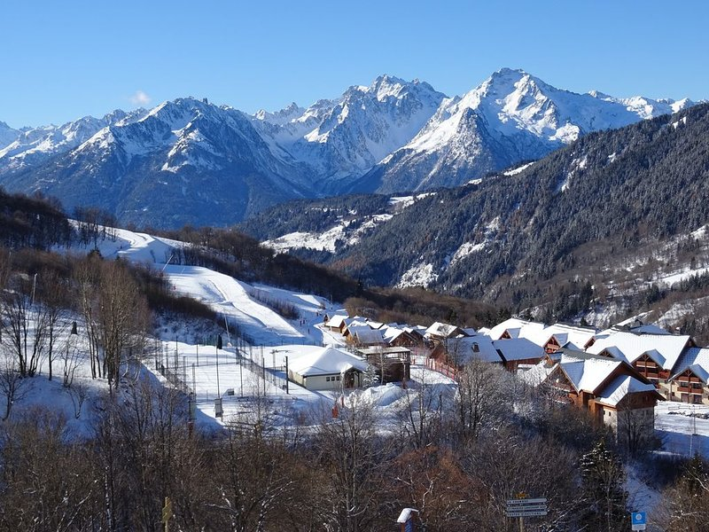 APP 6 PERS, PIED PISTES, CENTRE ST FRANCOIS 1650M, vacation rental in Saint Francois Longchamp