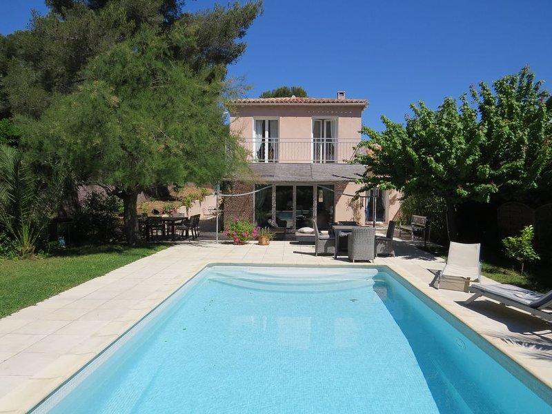 Villa  à Cavalaire sur mer, holiday rental in Cavalaire-Sur-Mer