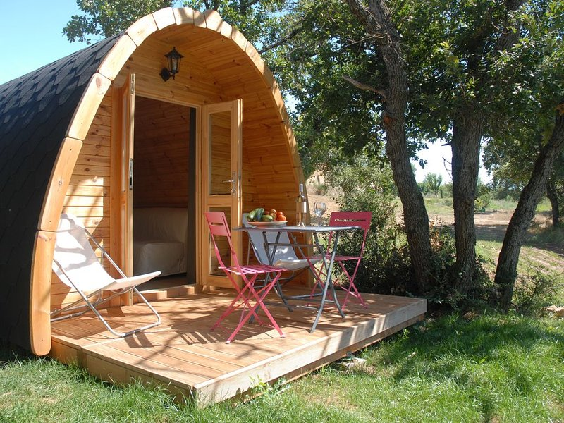 Cabane Insolite dans les Lavandes, holiday rental in Rians