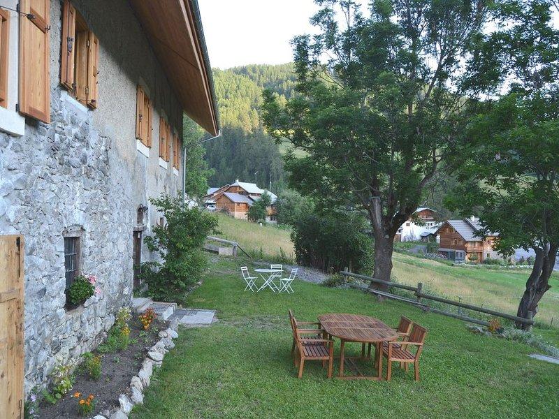 Magnifique Appartement . Bergerie ancienne. Coup de coeur. Proche Pistes, location de vacances à Hautes-Alpes