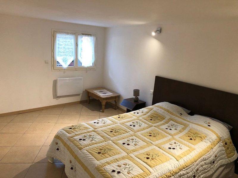 Belle chambre au coeur du Cognac, holiday rental in Saint-Preuil