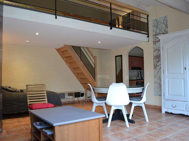 Le céladon, gîte de charme proche de Pézenas, aluguéis de temporada em Nezignan-l'Eveque