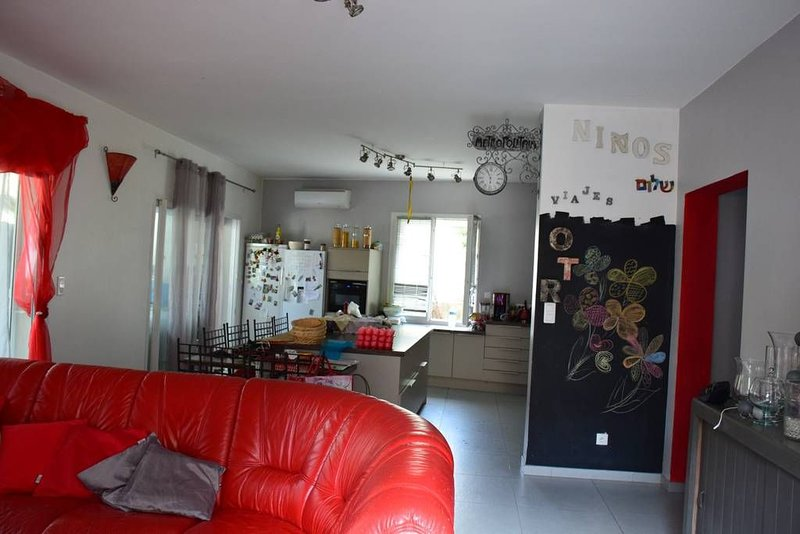 appartement centre ville, vacation rental in Sartene