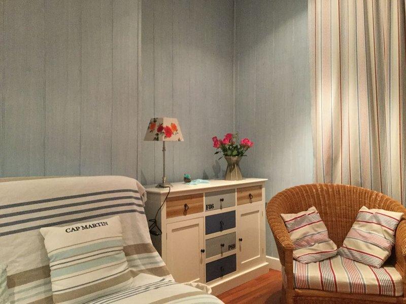 Bel appartement à 300 m de la plage à Trébeurden pour 5 personnes, holiday rental in Trebeurden