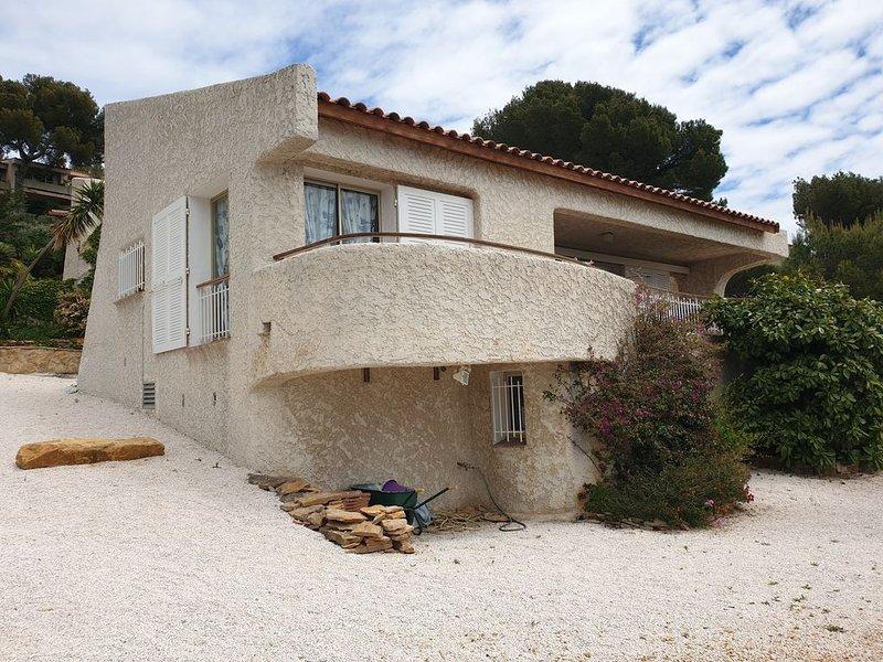 Villa Bandol  vue mer Panoramique avec grande piscine, aluguéis de temporada em Bandol