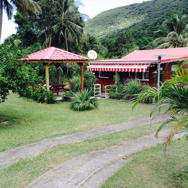 Ti Coco - Domaine ' La Vallée ' Location de bungalows/villa, location de vacances à Pointe-Noire