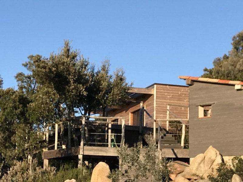 Ecolodge en pleine nature, casa vacanza a Pila-Canale