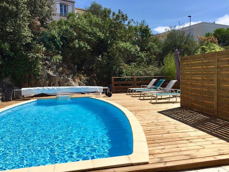 Maison de vacances avec piscine et jardin aux portes de Montpellier, casa vacanza a Grabels
