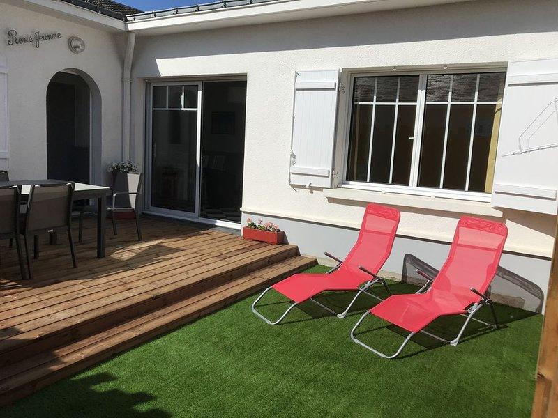 Maison Moderne au calme centre de Pornichet  proche plage entièrement équipée, location de vacances à Pornichet