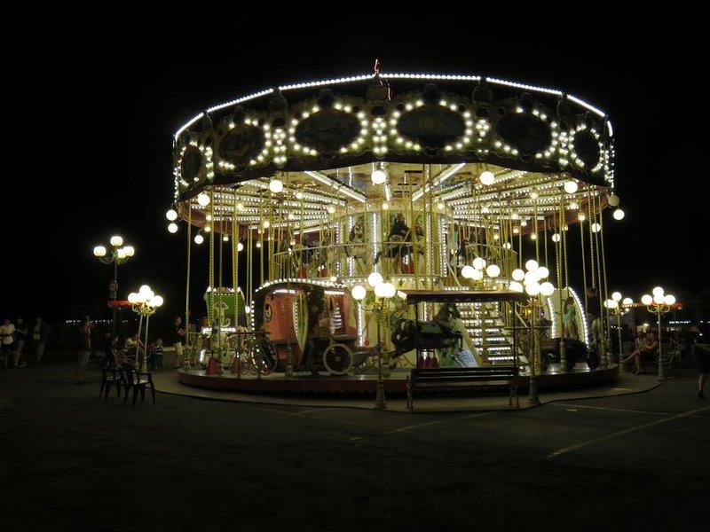 O carrossel (noite)