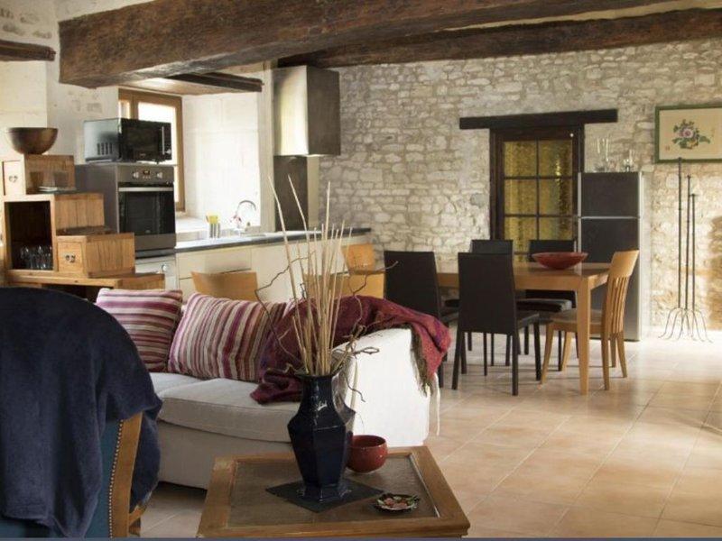 gîte la Motte à la campagne , pouant Vienne pays du futuroscope, aluguéis de temporada em Assay