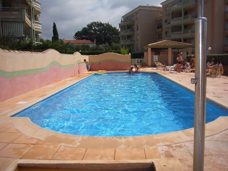 PRETTY STUDIO quiet, well located for the beaches, vacation rental in Fréjus