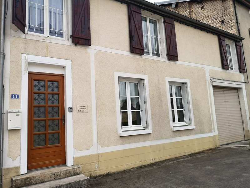 Maison familiale de l'Abbaye, holiday rental in Chaumont